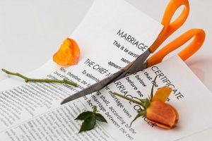 divorce-619195__340